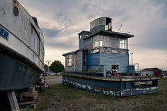 Houseboat (Thankful!) Tags: boat houseboat derelict fixerupper