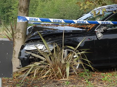 Barking (stevenbrandist) Tags: audi slinetdi car collision damage roundabout error leicestershire mountsorrel motoring ao60yrp police