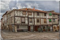 BURGOS, COVARRUBIAS (Lorenmart) Tags: covarrubias burgos castillayleon espaa spain arquitecturacastellana arquitecturapopular nwn lorenmart canoneos550d