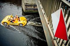 Taxi (d.kiero) Tags: gdask batyk wakacje lampion wadysawowo canon 5d zatoka gdaska plaa bungee