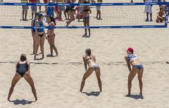 beach volley (philippe*) Tags: manhattanbeach losangeles beachvolley girls beach games sport