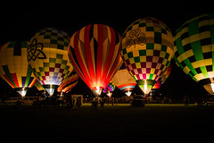 Delight. (Angela.Dee) Tags: quincyil quincy illinois quincyuniversity balloonglow september222016 hotairballoon light fire color dark glow cy365 canon 6d 24105mml bright