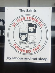 St Ives Town FC V Leamington FC Evo-Stik League Southern Permier Division St Ives Sept 2016 A (symonmreynolds) Tags: stivestownfc leamingtonfc evostikleaguesouthernpermierdivision mobilephone cellphone iphone5s stives september 2016