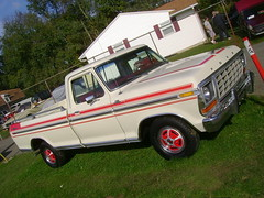 1978 Ford F-100 Custom Explorer (splattergraphics) Tags: ford truck pickup f100 1978 carlisle carshow carlislepa fallcarlisle