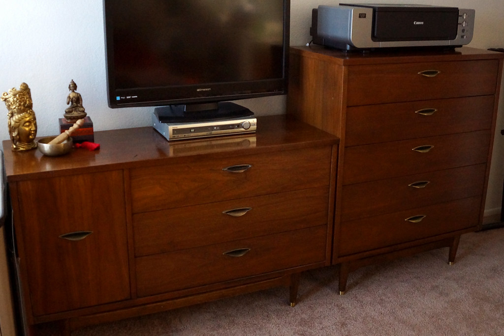 The world 39 s most recently posted photos of 60s and dresser for Furniture 60s style