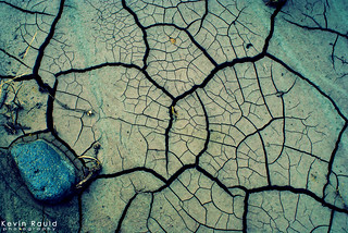 There's a world in between the cracks