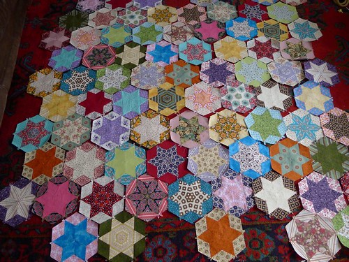 Scrap diamond quilt - laying out