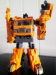 Transformers Reveal the Shield Grapple (1) (RamblingCatastrophe) Tags: yellow truck pose crane transformers shield voyager autobot reveal hasbro grapple the grappel uploaded:by=flickrmobile flickriosapp:filter=nofilter