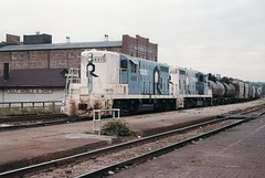 THE ROCK  #4515 and #4514 at Joliet Union Station in August 1977. (rrradioman) Tags: blue white illinois jus il therock 1977 rockisland jolietunionstation 4515 4514