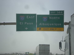 I-10 East Approaching Exit 144 (sagebrushgis) Tags: newmexico sign intersection i10 overhead lascruces i25 biggreensign freewayjunction