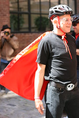 Bobke wears a superhero cape (Richard Masoner / Cyclelicious) Tags: turbo specialized ebike electricbicycle pedalec