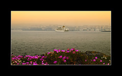 _4252758-ARRIBANDO A PUERTO_1-F (pavon2007) Tags: espaa puerto galicia hoy amaneciendo acorua