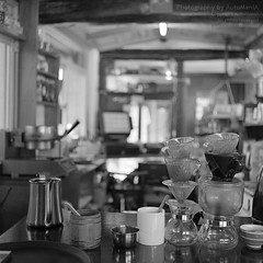 * Little More Caffein Please... (DAAutoManiA) Tags: rollei rolleiflex cz ilford planar carlzeiss 75mm typeii rolleiflex35f delta400pro