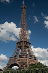 Eiffel Tower, Clouds