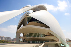 Valencia - City of Arts and Sciences 42 (Romeodesign) Tags: santiago valencia architecture modern spain opera empty entrance calatrava ciudaddelasartesylasciencias flixcandela cityofartsandsciences 550d elpalaudelesartsreinasofa