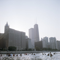 Beach of Navy Pier (Petit Ming) Tags: usa chicago film rolleiflex kodak epson navypier portra schneider 160 75mm 35f v700 xenotar silverfast gtx900 july4th2012