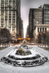 Downtown Chicago (www.22NorthPhotography.com) Tags: park winter snow chicago illinois downtown loop snowy millennium grantpark snowfall www22northphotographycom 22northphotography