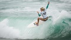 Sophie McCulloch.....     2016 SupergirlPro (Schoonmaker III) Tags: oceansideca pacificcoast prosurfer sophiemcculloch supergirlpro surfing wsl womensprosurfing surfboard surfergirl surf surferchick aqua blonde white