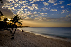 Warm Sunset (Jose Carlos Babo) Tags: beach beachwater mozambique ocean pemba sand beauty warm sunset seaside seasidesunset
