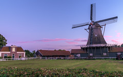 bolwerks molen (brammetje2012) Tags: bolwerksmolen fuji fujixe1 fujinonxf185528ois hdr nederland avond deventer holland ijssel dusk schemering clouds wolken windmill