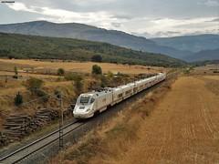 130 (firedmanager) Tags: renfe renfeoperadora railtransport bombardier tren train trena talgo talgo250 alvia altavelocidad navarra