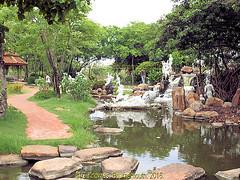 Ramayana Garden or the Tale of Rama in 2009  in the Ancient City, Muang Boran, Samut Prakan, Thailand. (samurai2565) Tags: samutprakan samutprakanprovince thailand ancientsiam ancientcity muangboran sukhumvitroad bangkok lekviriyaphant bangpu
