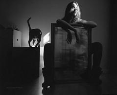 Laura... from the archives (byfer / Fernando Ocaa) Tags: mamiya 645 afd kodak 100tmax film bw blancoynegro cat gato mirror portrait home madrid