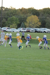 1448 (bubbaonthenet) Tags: 09292016 game stma community 4th grade youth football team 2 5 education tackle 4 blue vs 3 gold