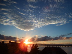 Sunset and clouds (nz_willowherb) Tags: scotland fife dundee angus sunset clouds tay estuary