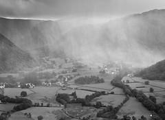 Rain (Thomas Heaton) Tags: thomasheaton weather rain wind drama landscapephotography