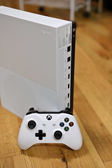 Xbox One S (Jemlnlx) Tags: canon eos 5d mark iv ef 2470mm f28 l usm product products video games game gaming microsoft xbox xboxone one s slim unboxing new package packaging white 500gb contents