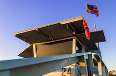 LIfeguard Station (leonardo.mangia) Tags: travel trip holiday jorney summer sun sunset light america westcoast colors usa canon6d canonphotography canon canonphoto sky blue bluesky colorful buildings lifeguard lifeguardtower santamonica santamonicabeach beach seaside sand