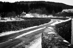 Elan Valley (Jo Duggan) Tags: uk bw white snow black monochrome weather wales nikon rhayader elanvalley bloodycold d300s