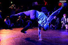 Menno van Gorp (FraJH Photos) Tags: netherlands dance break battle dancer eindhoven event van breakdance bboy breakdancer gorp menno 2013 2on2 dutchbboy breakjunkies breakjunkies2013