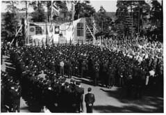 Sarpsborg juli 1942. Quisling taler. 1942/07 (Riksarkivet (National Archives of Norway)) Tags: ns worldwarii secondworldwar quisling krigen vidkunquisling andreverdenskrig okkupasjonstiden