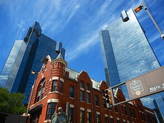Main Street Fort Worth (ICTUS Photography) Tags: nikon texas dfw brickbuildings sundancesquare glassbuildings ictus fortworthmainstreetartsfestival downtownfortworth d7000 northtexas nikond7000 texastowns ictusphotography ricardoruizdeporras dallasfortworth dfwmetroplex