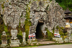 the elephant cave (Sam Scholes) Tags: travel vacation bali stone digital indonesia temple nikon religion hindu hinduism stonecarvings carvings ubud elephantcave goagajah bedulu d300 blahbatu