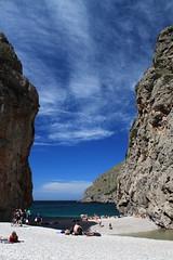 Torrent de Pareis (runlama) Tags: sea cliff rock de coast spain meer mediterranean espana fels mallorca spanien steilküste torrent balearen mittelmeer pareis runlama
