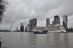 Norwegian Breakaway (ralphontravel) Tags: boat rotterdam cloudy police norwegian erasmusbrug breakaway cruiseterminal erasmusbridge cruiseschip