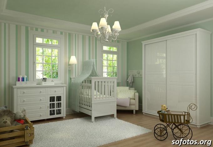 Quarto de bebê verde grande