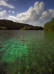 Clouds will follow me.. :) (Robyn Hooz) Tags: park green ex water clouds canon eos natural horizon lakes croatia sigma polarizer 1020 hms plitivice 600d laghi polarizzatore