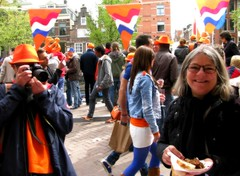Flickr friend Elsa & husband at Queen's day (Bhakti - Amsterdam) Tags: holland nederland elsa queensday koninginnedag