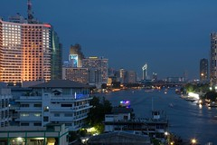 DSC_3639 (Ignacio Blanco) Tags: thailand night skyscrapers lights cityscape lighttrails riverviewguesthouse chaophrayariver buildings boats sunset dark bangkok chinatown vantage streetphotography