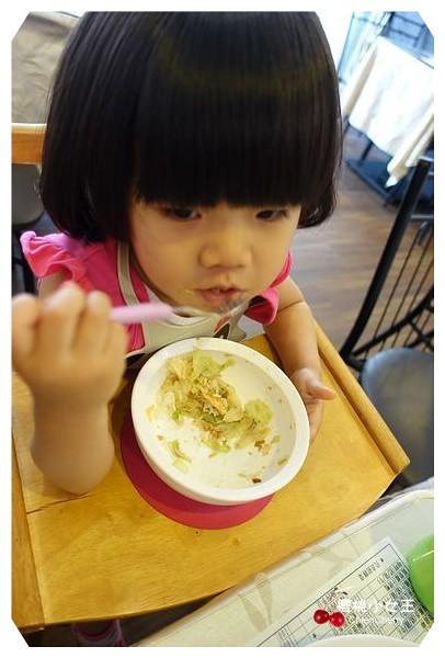 茵萊泰式料理 江子翠泰式料理 捷運沿線美食 泰式料理 月亮蝦餅 咖哩蝦 泰國香米 吃到飽