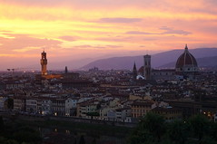 Florence at Dusk (Steve Harrison Photographic) Tags: florence italy firenze view skyline sky sunset river riverarno florentine city cityscape piazzademichelangelo piazzalemichelangelo