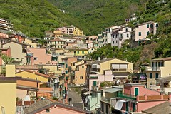 2016-07-04 at 17-41-58 (andreyshagin) Tags: riomaggiore italy architecture andrey shagin summer trip travel town tradition terre city cinque beautiful building d750 daylight nikon