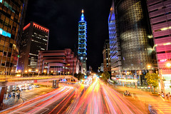2016-8-12  (Taipei Xinyi Keelung Road Footbridge) ((Su Bo-An)) Tags: taiwan taipei 101 night view nightview d3100 atx 116 atx116 1116 1116mm tokina f28 pro dx ii tokinaatx1116mmf28prodxii tokina1116mm t116 xinyi district xinyidistrict city taipeicity 2016 08 0812 201608 20160812  101              keelung road footbridge keelungroad taipei101