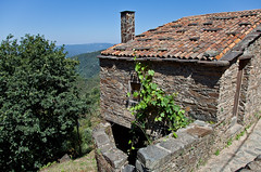 Talasnal/Lous (JOAO DE BARROS) Tags: barros joo talasnal schist architecture village portugal lous