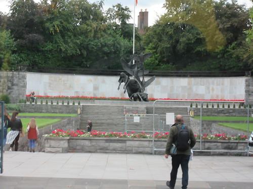 Garden of Remembrance III, Dublin Bus Tour (IMG_0062)