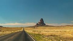 La strada verso El Capitan (adzamba) Tags: 2016 kayenta arizona unitedstates usa elcapitan formazionirocciose rcok road rockformation strada us163